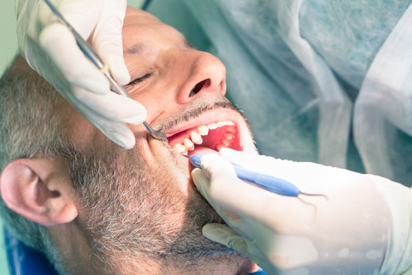 Routine dental examinations in Fulham & Hammersmith